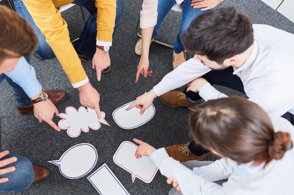 teambuilding maßnahmen kennenlernen